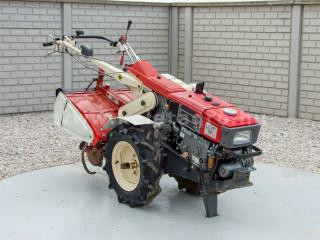 Yanmar YX70D japán kistraktor (1)
