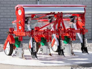 Vetőgép, 3 soros, átlátszó magtartállyal (kistraktorhoz) AKCIÓS ÁR! (1)