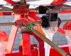 Vetőgép, 3 soros, átlátszó magtartállyal (kistraktorhoz) AKCIÓS ÁR! (15)