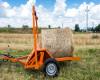 Bálaszállító japán kistraktorokhoz, hidraulikus emeléssel (19)